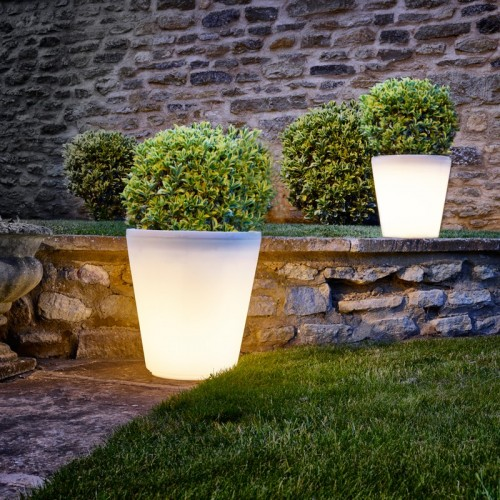 assisi led planter 1