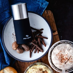 Spice Mill with Nutmeg and Long Black Pepper 2